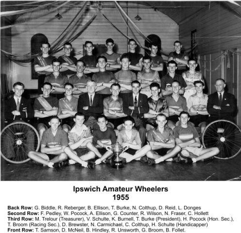 Ipswich_Amateur_Wheelers_1955_photo_with_names